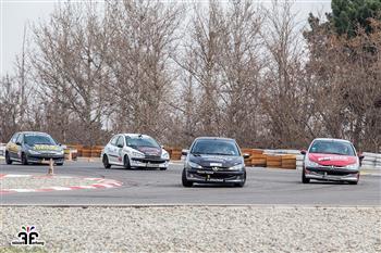 گزارش آخرین راند مسابقات اتومبیلرانی سرعت - 16