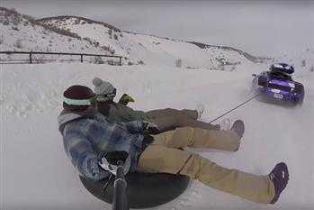 اسکی بازی بر روی برف با لامبورگینی + فیلم