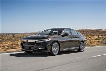 خداحافظی با خودروهای سنتی؛ ممنوعیت فروش خودروهای بنزینی در کالیفرنیا