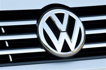 موافقت آمریکا با تعمیر خودروهای فولکس