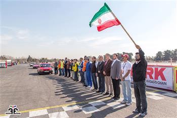 گزارش آخرین راند مسابقات اتومبیلرانی سرعت - 35