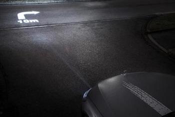 مرسدس بنز خودروهایش را متحول میکند