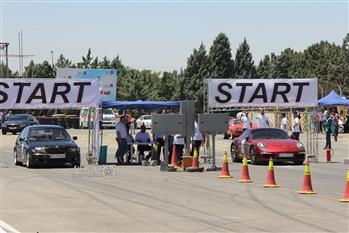 گزارش اولین دوره مسابقه درگ با حضور خودروهای پرمدعا