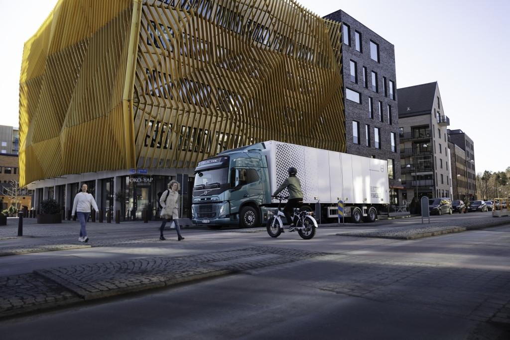 کامیونهای برقی ولوو دیگر بیصدا نیستند، آرامش فدای امنیت