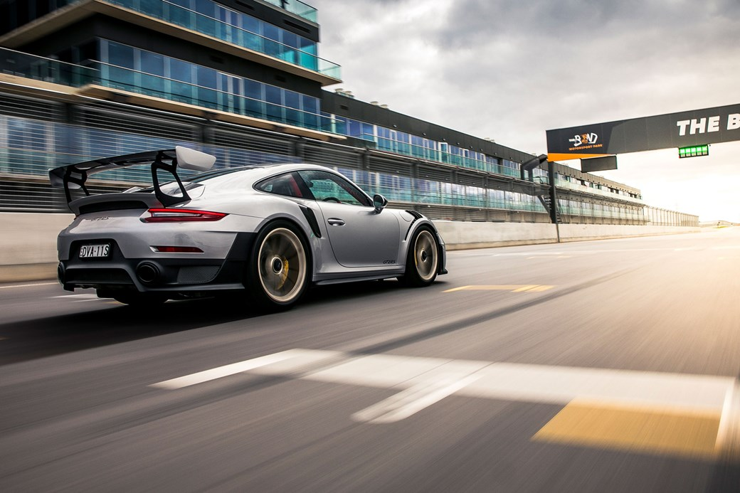 پورشه 911 GT2 RS