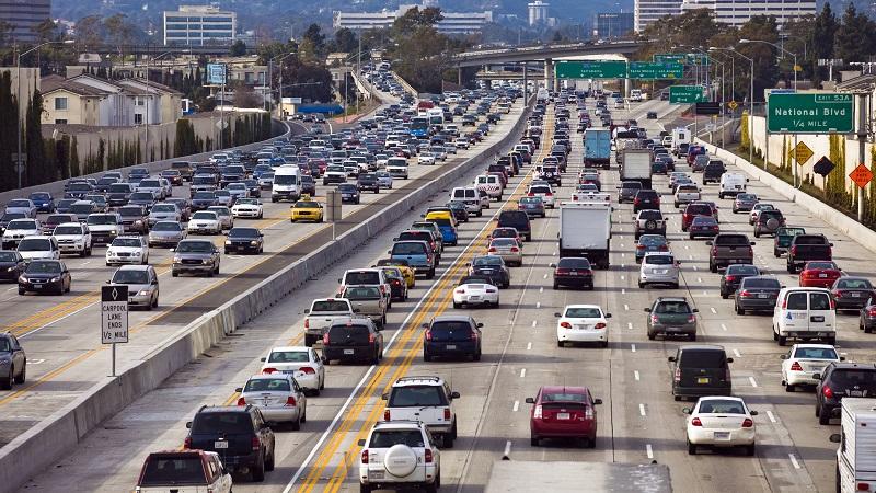 افزایش عمر متوسط خودروهای آمریکایی به دلیل کاهش فروش خودرو