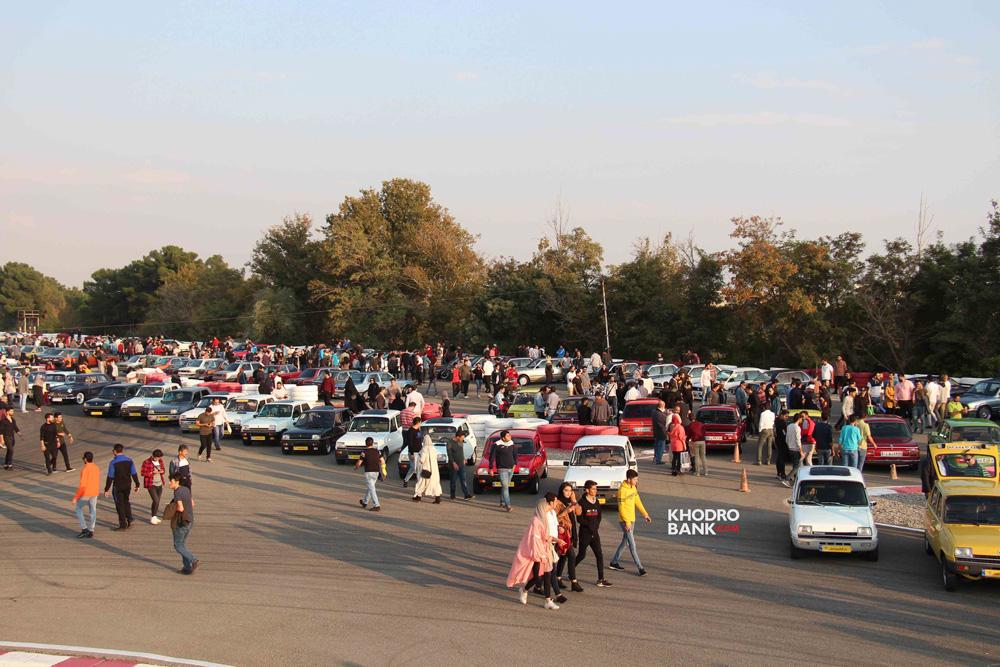 استقبال از گردهمایی خودروهای کلاسیک