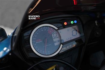 بررسی فنی و حرکتی سوزوکی GSXR-750؛ سامورایی روی دوچرخ - 18