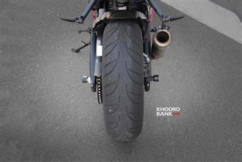بررسی فنی و حرکتی سوزوکی GSXR-750؛ سامورایی روی دوچرخ - 23
