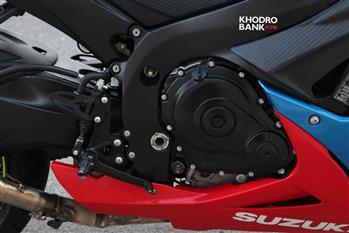 بررسی فنی و حرکتی سوزوکی GSXR-750؛ سامورایی روی دوچرخ - 24