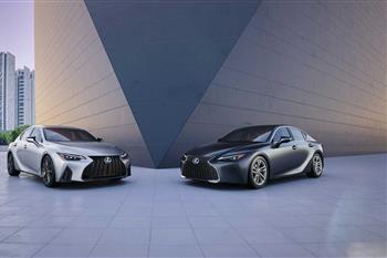 لکسوس IS جدید رونمایی شد؛ طراحی نوین، موتورهای کهن + فیلم - 4