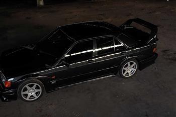 آیا مرسدس بنز 190E نسخه Evo II هنوز یک خودرو اسپرت شایسته است؟ + فیلم - 1